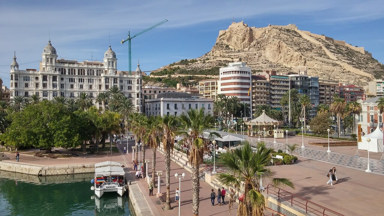 Alicante…the best place to practice sport